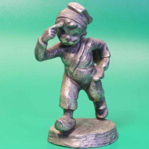 Металлические статуэтки