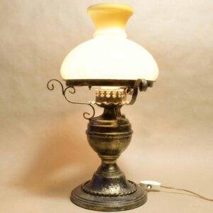 Антикварный настольный светильник