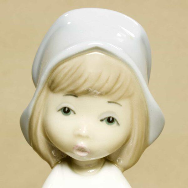 поварёнок девушка статуэтка casades