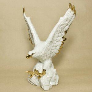 статуэтка орла nadal