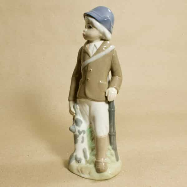статуэтка из фарфора охотник casades