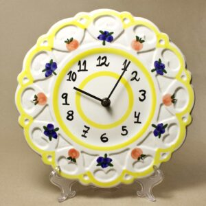 кухонные настенные часы с ягодками