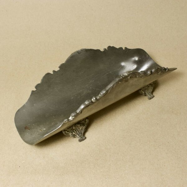 металическая вазочка, визитница, подставка для писем