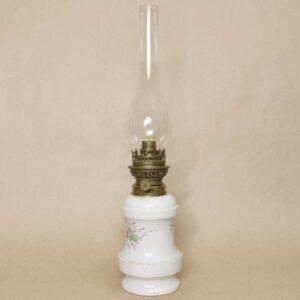 фарфоровая керосиновая лампа