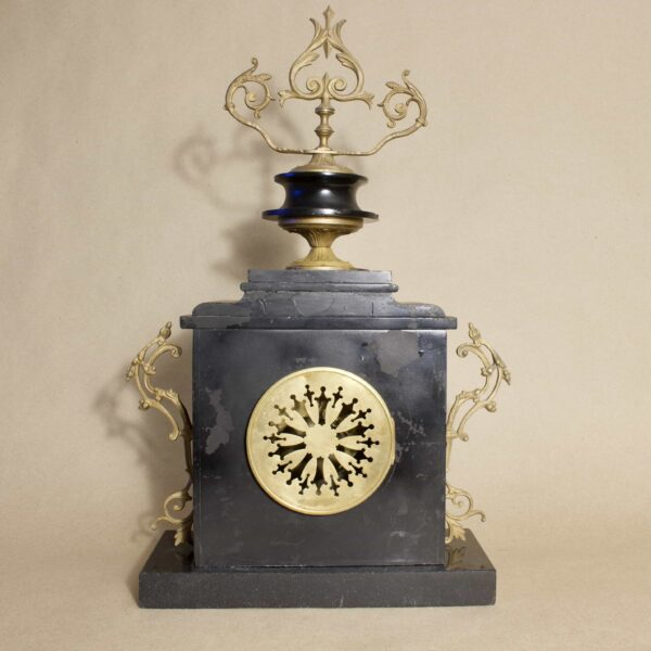 мраморные каминные часы