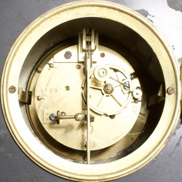 старинные часы с боем клеймо