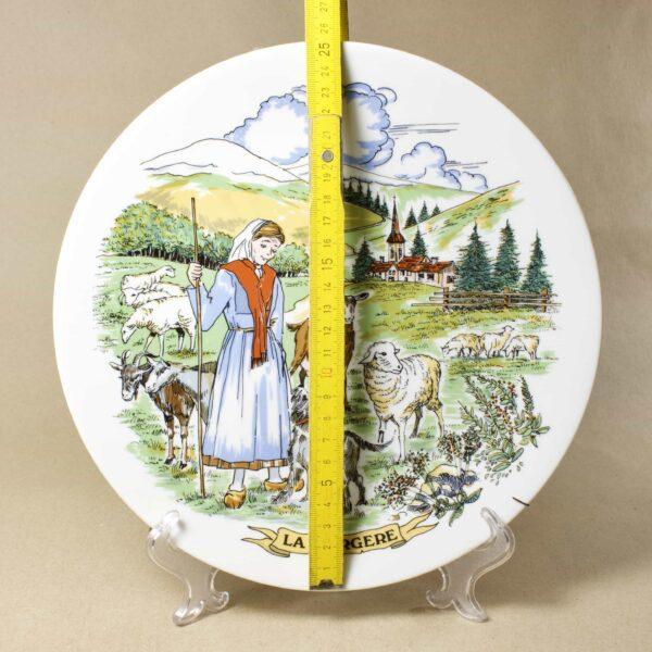 настенная тарелка La bergere