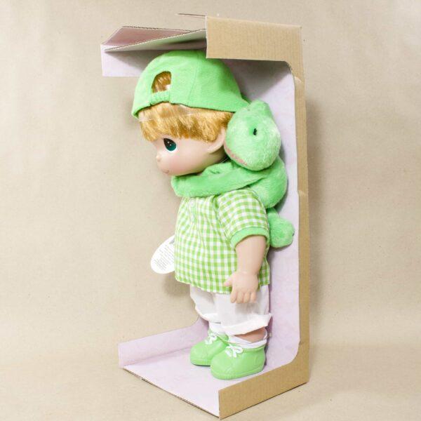 Коллекционная кукла Precious Moments мальчик с лягушкой